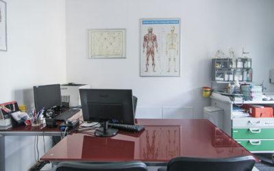 Il dottor Mauro Volpato, medico Chirurgo Proctologo, visita a Cadoneghe