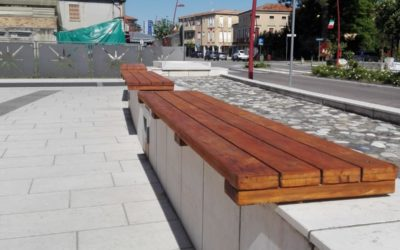 Sistemate le panchine in piazzetta del Doge